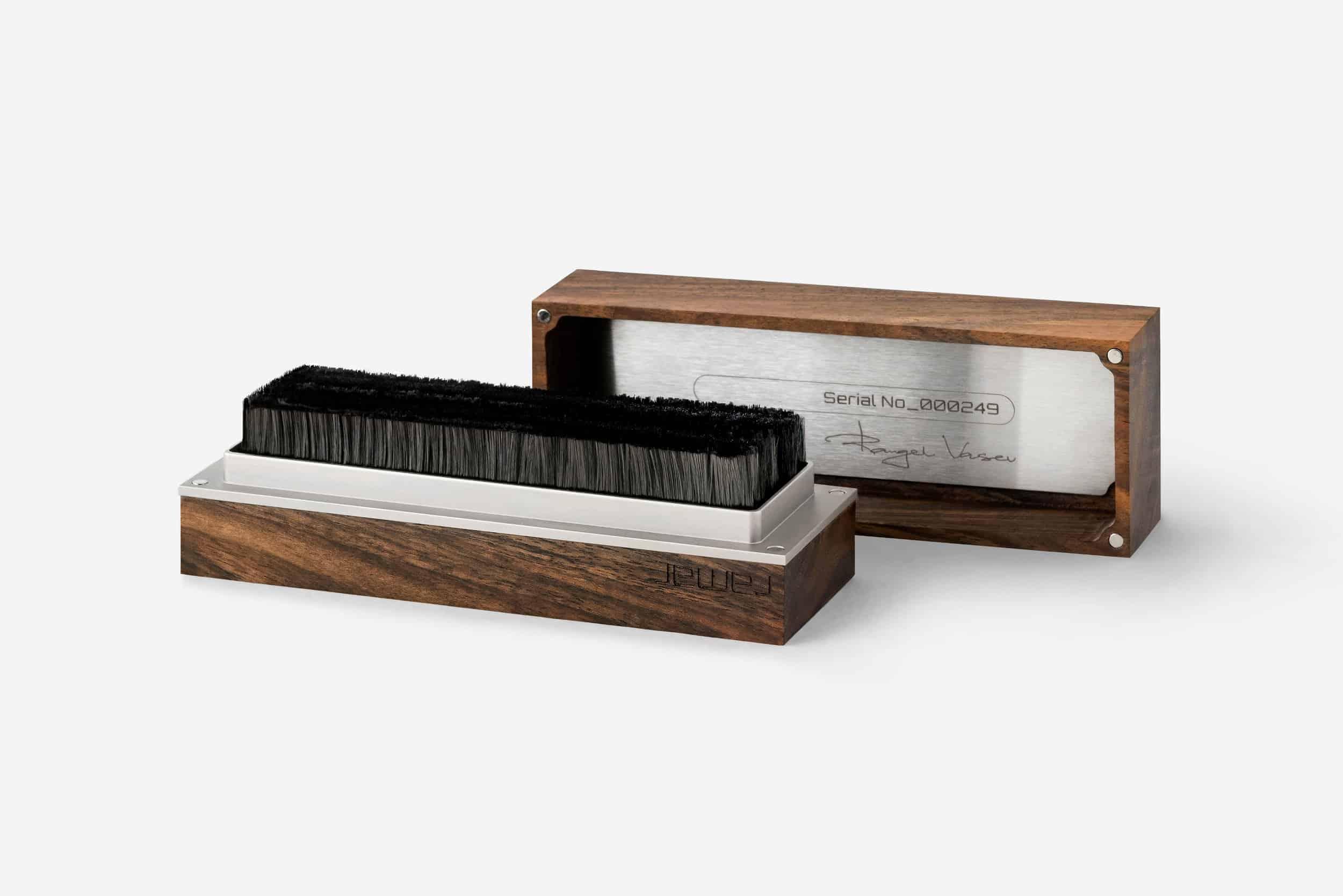 The handmade record brush Tina from ramar is opened. Record brush.